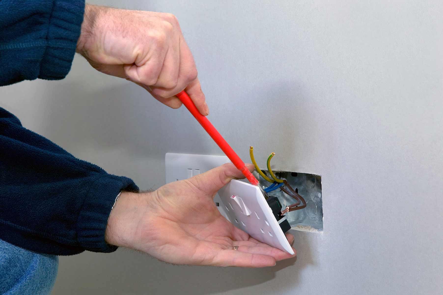 Our electricians can install plug sockets for domestic and commercial proeprties in Arkley and the local area.
